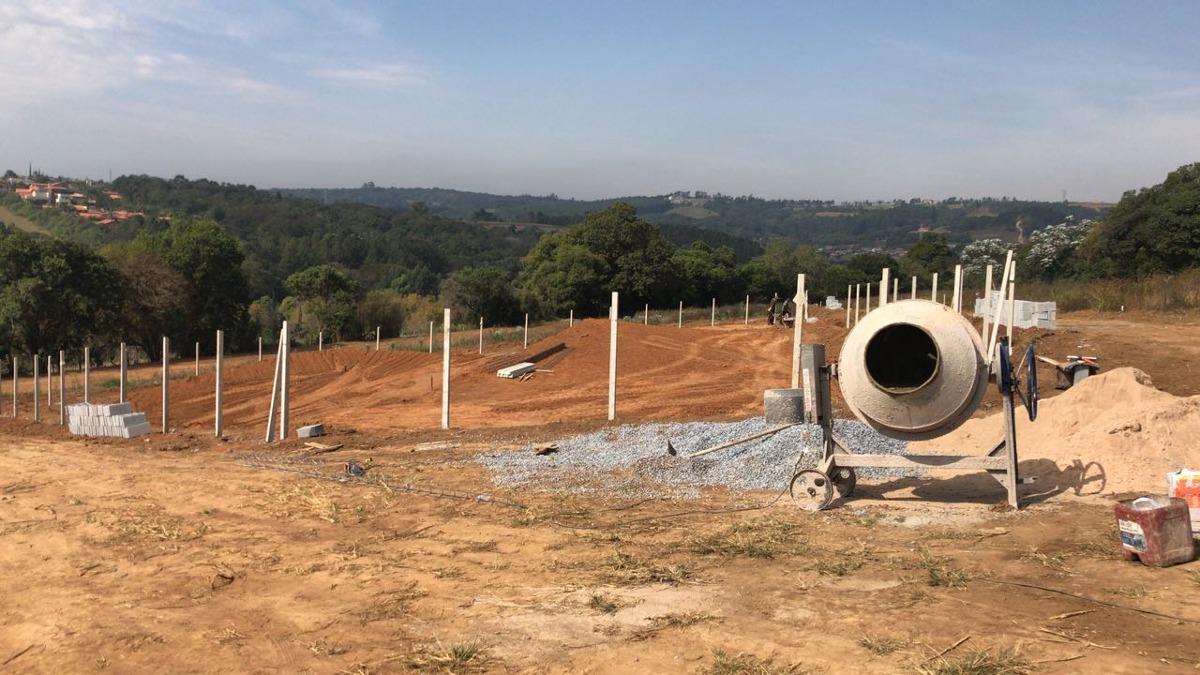 otimos terrenos de 500 m2 demarcados pronto para construir j