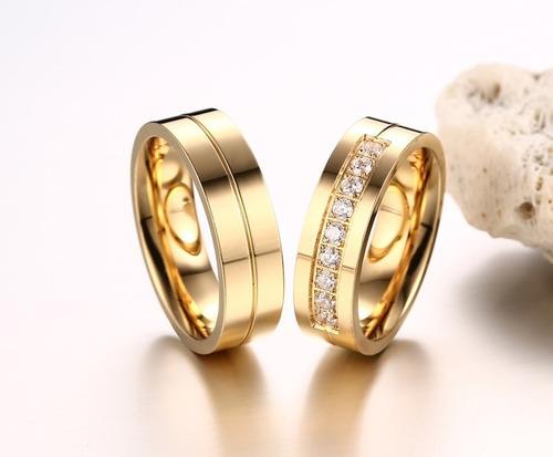 ouro com alianças