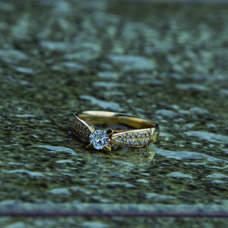 6bfc921a9c781 Anel Noivado Ouro 18k Diamante 20 Pontos - Perseu Jóias - R  2.282 ...