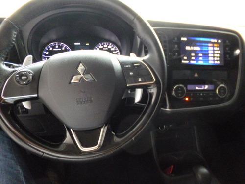 outlander 3.0 aut gt 4x4 2016 branca