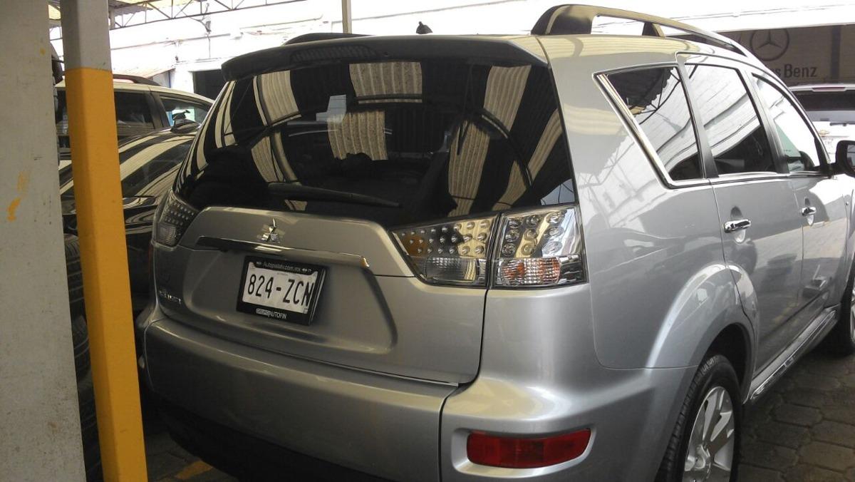 Mitsubishi Outlander 5p Limited V6 3.0 aut 7 pas.