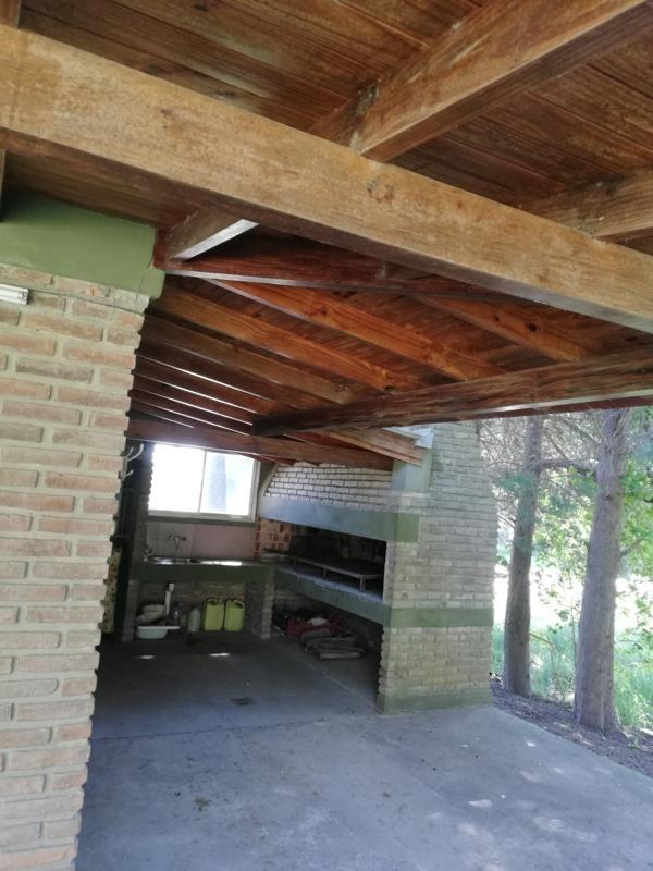 p. exaltación! chalet 1600 m2 con pileta y arboleda! pmo r.8