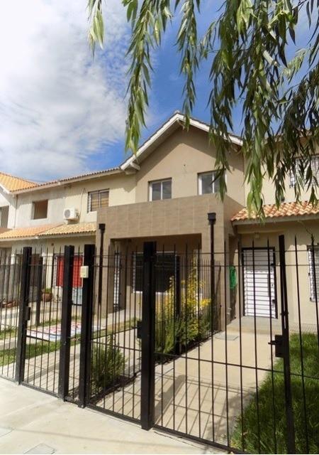 p23 - villa udaondo - hermoso duplex 4 amb. a estrenar
