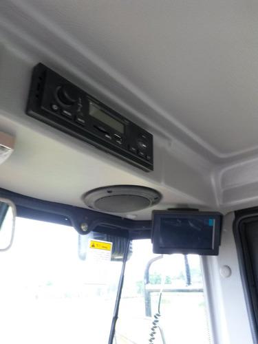 pá carregadeira 930 com concha de 1,1 metro
