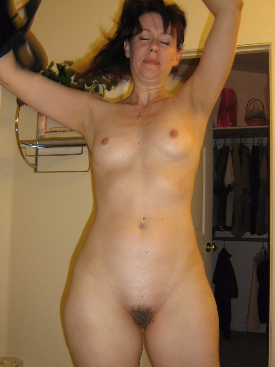 Asian mature nude photos