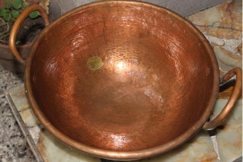 paila antigua de cobre