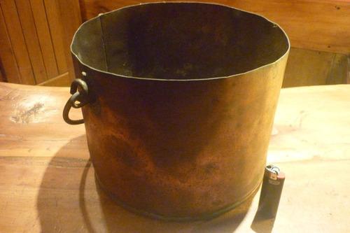 paila olla de cobre antigua con manija y detalles en bronce