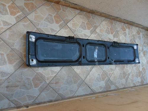 painel frontal caminhão / onibus com avarias.