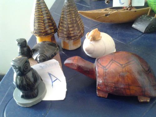 pájaros tallas artesanales de madera colores de naturaleza
