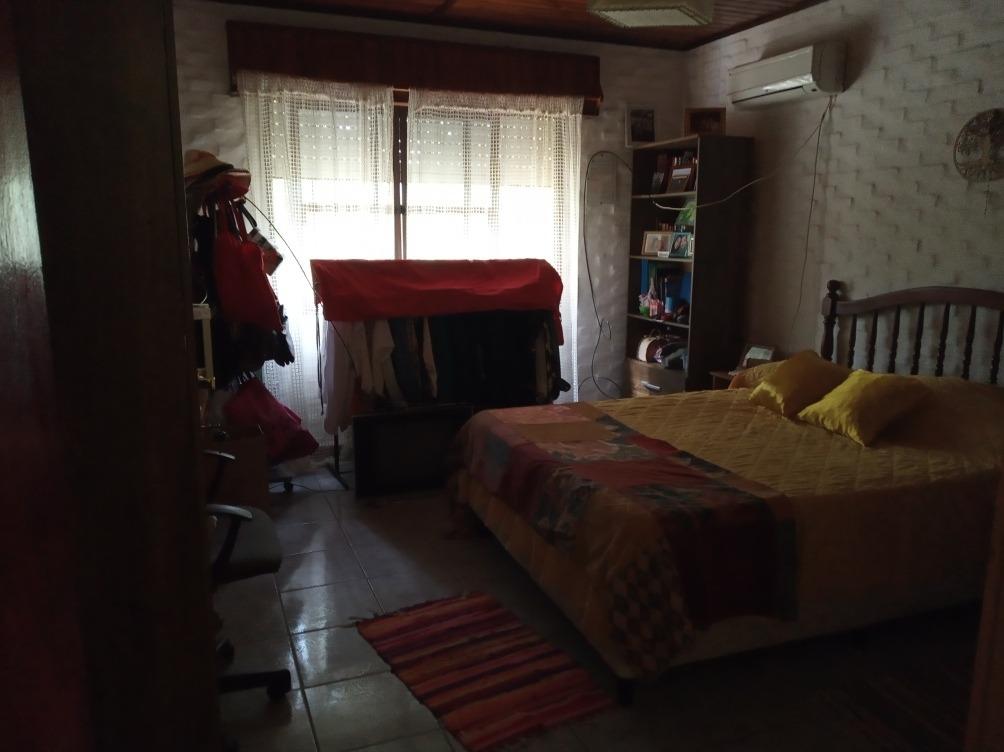 pajas blancas!! a media cuadra playa zabala , hermosa casa !