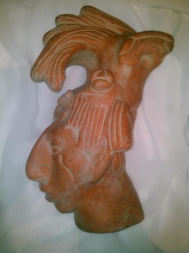 pakal cabeza hecha de barro 32x17x13
