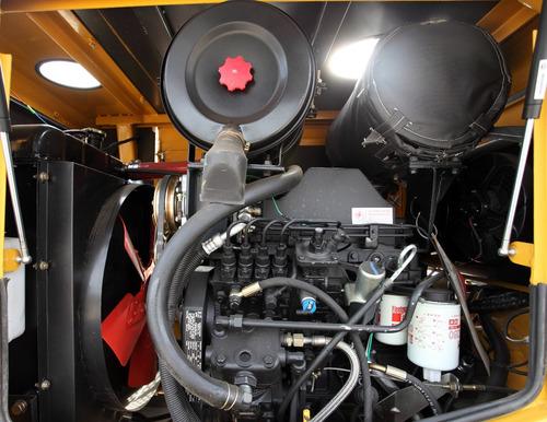 pala cargadora 1.3m taurus 2200kg motor cummins 4bt