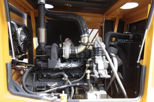 pala cargadora 1m taurus 1800kg