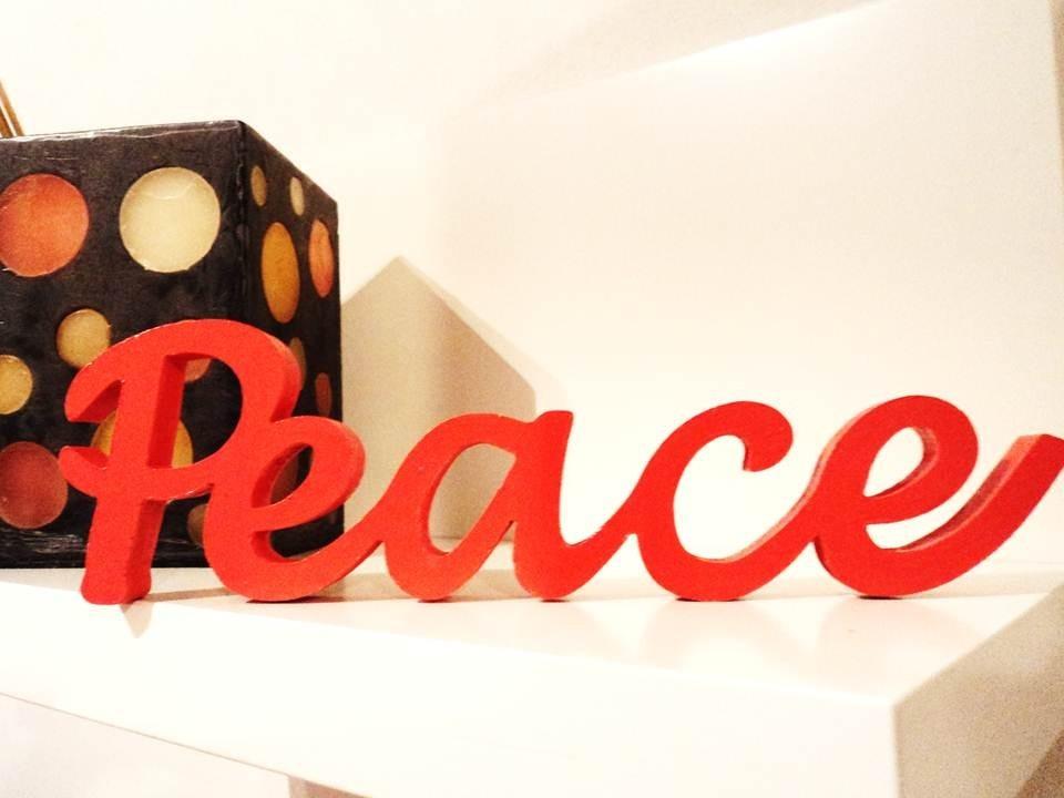 Palabras Decorativas En Madera - Peace - $ 190,00 en Mercado Libre
