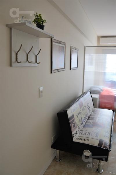 palermo hollywood. moderno loft con balcón. alquiler temporario sin garantías.