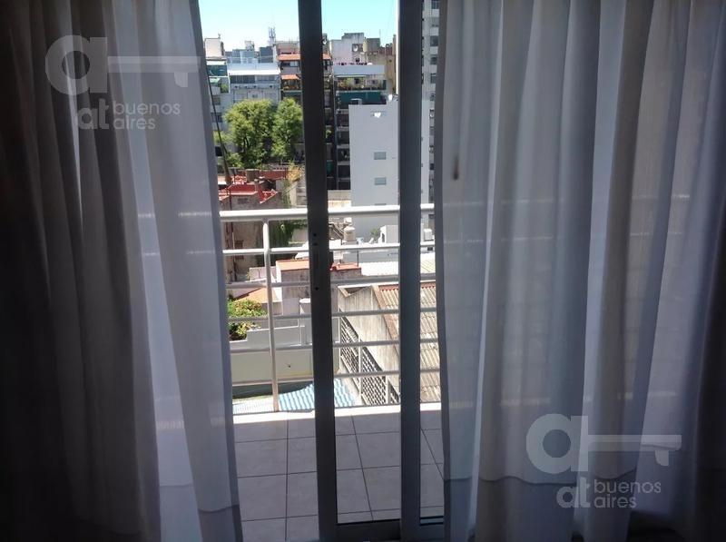 palermo. moderno loft con balcón. alquiler temporario sin garantías.