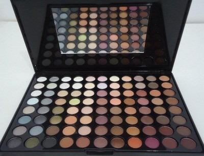 paleta 88 sombras neutras matte e cintilantes cores lindas