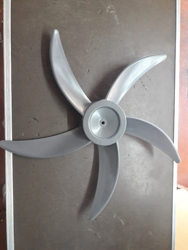 paleta para ventilador de pie atma / liliana vp804/805/2015b