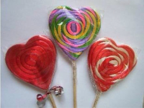 paleta san valentine de caramelo macizo en forma de corazón