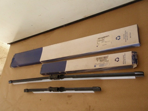 palheta limpador parabrisa sonic 2012/16 par gm 95228809/10
