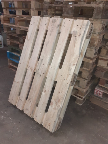pallets de pino
