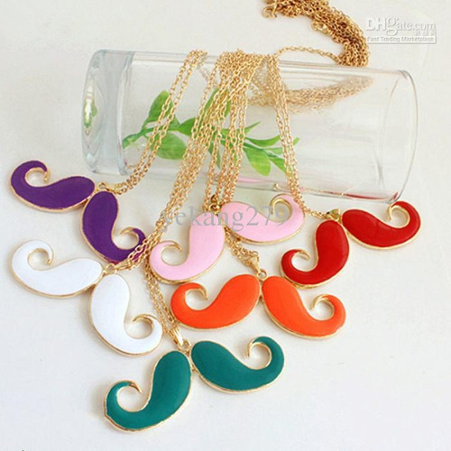 **pamelaurzua one direction collar mostacho  maipu
