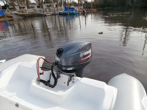 pampa el mejor semi  4,9 mts   con yamaha 70 hp 4 tiempos