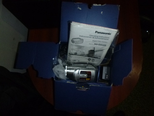 panasonic nv-gs320 video camara 3ccd minidv sd card
