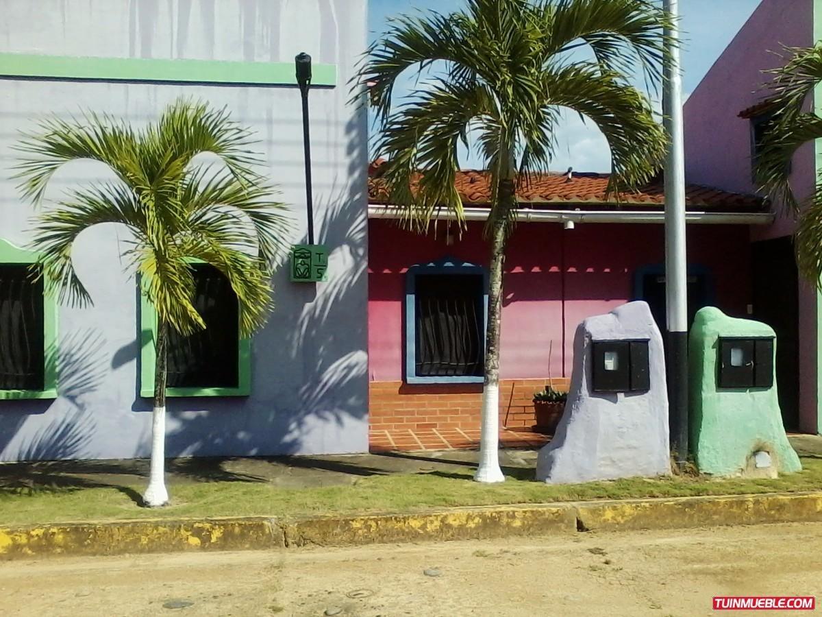 pancho villa higuerote