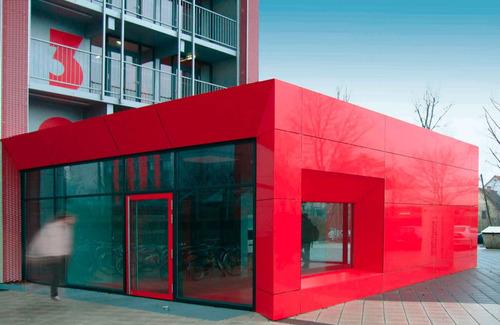 panel alucobond ext 4mm rojo úsalo en fachada remodelaciones