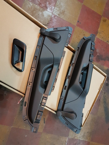 panel plastico para maquina levantacidrios manual con manija