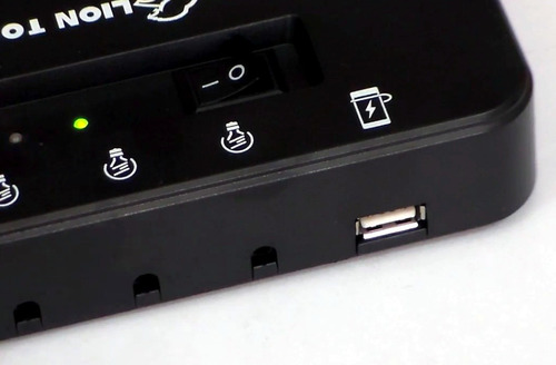 panel solar con 3 focos led cree y bateria recargable c usb