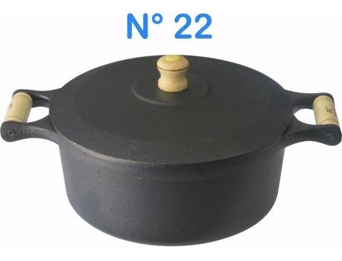 panela caçarola de ferro fundido n° 22 com alças de madeira