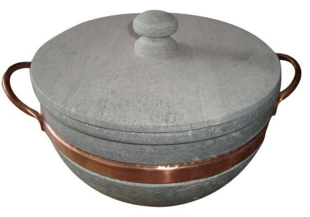 98977f3da Panela Em Pedra-sabão - Alça De Cobre 4 Litros - R  92