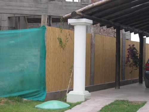 paños tejidos de caña, techos, cierres, pergolas, etc.