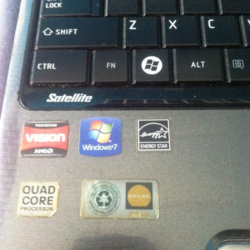 pantalla 15.6 laptop toshiba satellite l655 carcasa repuesto