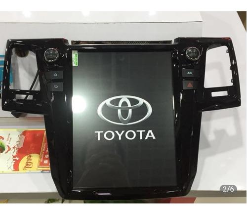 pantalla android 9.0 para toyota fortuner 2012