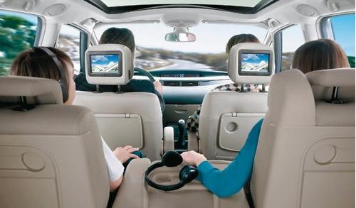 pantalla con base o empotrable a cabeceras para carro hd 7