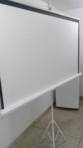 pantalla con trípode para proyección 84 pulgadas, video beam