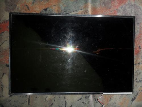 pantalla lcd toshiba 15.4 rota  p/repuesto funcionando