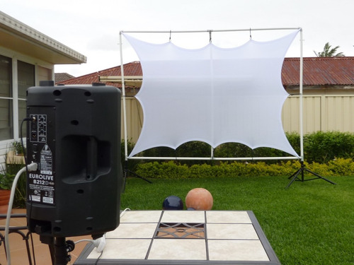 pantalla para proyector elastica ,muy practica nuevo modelo!