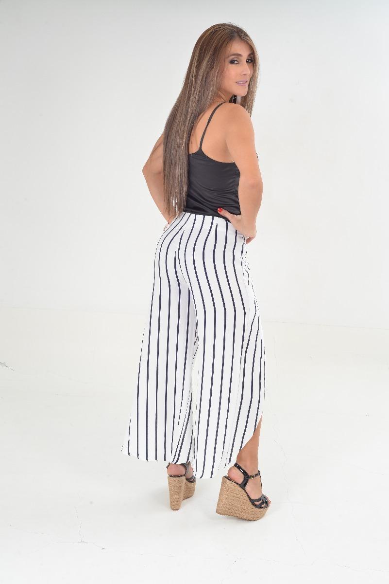 Pantalon Abierto En La Pierna De Rayas 110000 En Mercado Libre