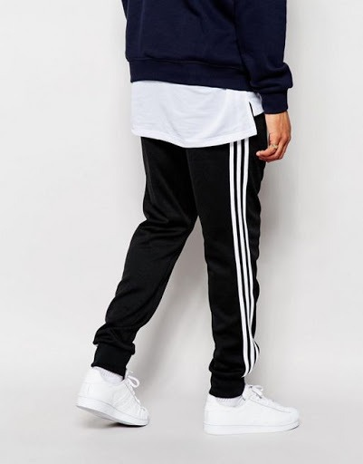 pobreza Especialmente Estimado  Pantalon adidas Superstar - $ 1.500,00 en Mercado Libre