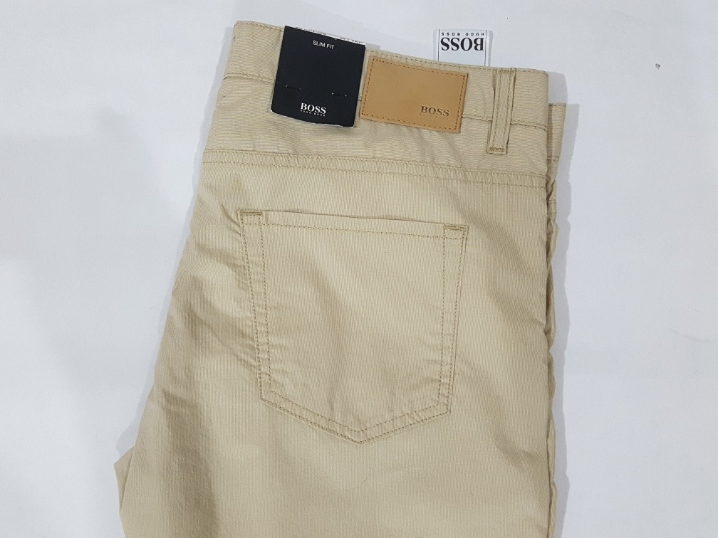 Pantalones amarillos de BOSS Black | PROYECTO LAOS