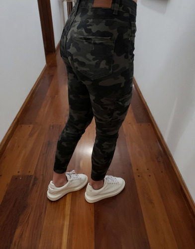 pantalon canton cargo camuflado oscuro