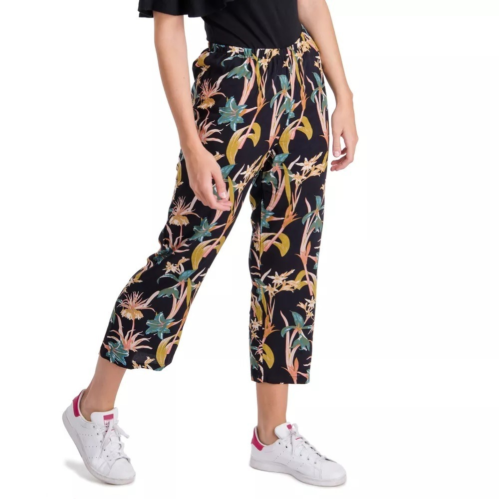 e0e8a61543 pantalon capri ancho betty con flores elepants. Cargando zoom.