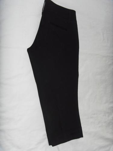 pantalon capri negro bershka talla 26