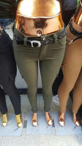 pantalon cargo color negro elaztizado  talle del 36 al 46