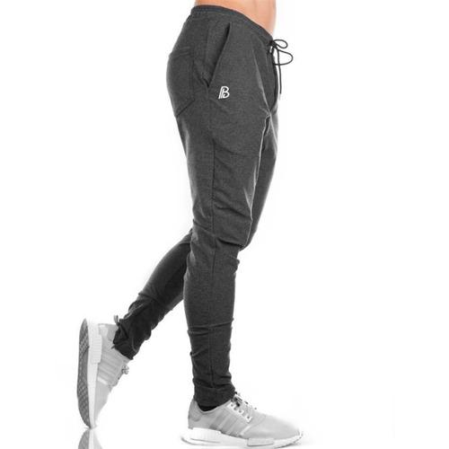 pantalón chupin babucha entallado jogging gym hombre friza