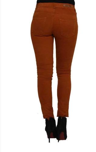 pantalón dama de gabardina